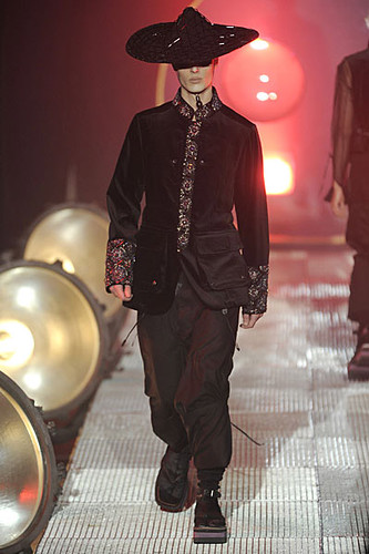 Harald Salin3001_FW10_Paris_John Galliano(nikestav10@mh)