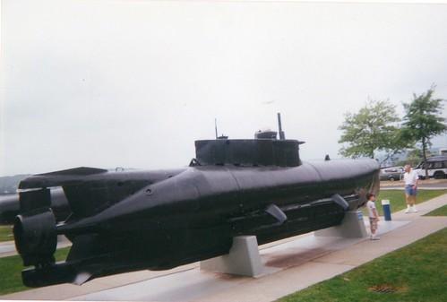 Remarkable, Seehund midget submarine think