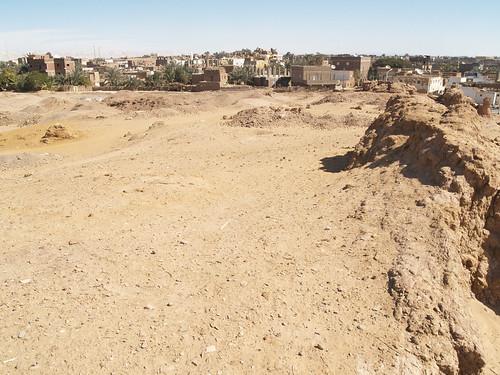 Temple at Mut el-Kharab (I)