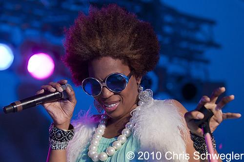 Macy Gray - 10-31-10 - Voodoo Festival, City Park, New Orleans, LA