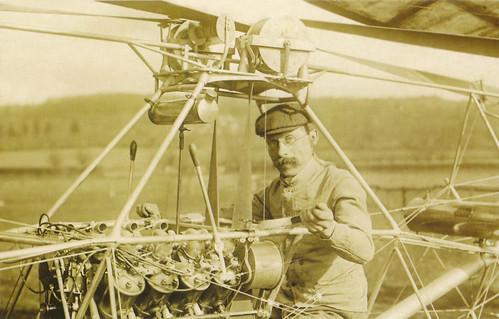 Paul-Cornu-pilote-helico