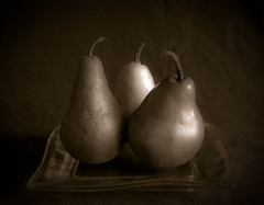 Three Pears on a Square Plate (jrlarimer) Tags: bw stilllife pears d100 3pears