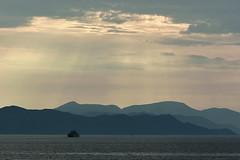 D71_6681A (vkalivoda) Tags: hory silueta mountain silhouette rujnica rilic croatia sunrays landscape