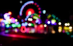 FUN Lost my autofocus (YᗩSᗰIᘉᗴ HᗴᘉS +6 500 000 thx❀) Tags: insolite bokeh night color granderoue fête fest happy fun hensyasmine