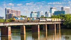 CSX F723-02 Rocketts 329 (HeritageNY) Tags: csx local richmond bridge james river skyline yn2 ac44cw