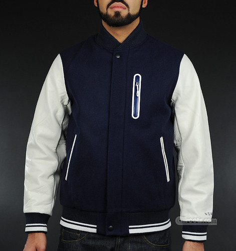 668c73638f5 classic nike sports wear varsity premium materials in navy white