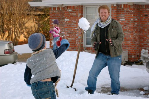 throwing snow balls