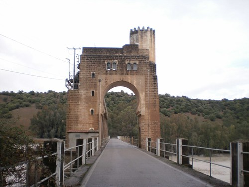 Presa: Arco de entrada