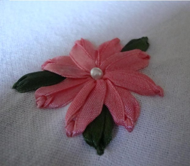Ribbon Embroidery Carnation Flower Technique | El işi Örnekleri