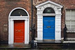 Doorways - Dublin (cpqs) Tags: voyage dublin 11 porte 2009 irlande 5photosaday cpqs 200911
