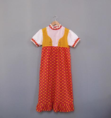 vtg hearts dress