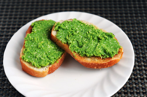 pea pesto on baugette