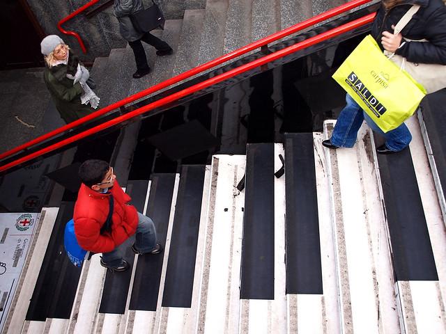 Piano Stairs ¬ 5036