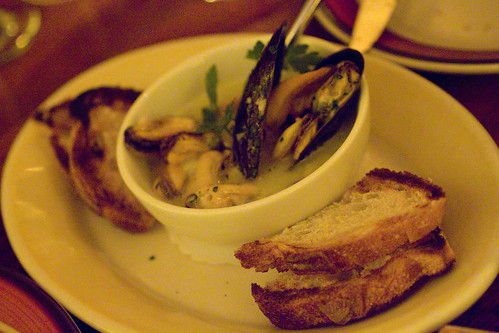 Mussels in Butter Chive Sauce