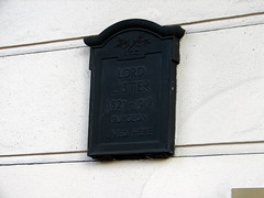 Photo of Joseph Lister black plaque