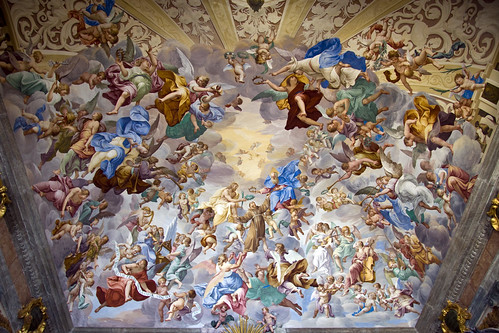 Frescoes on the ceiling (by storvandre)
