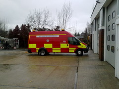 West Sussex Fire & Rescue Service Ford Transit Mobile Workshop seen at Horsham (Trojan631) Tags: las blue coastguard rescue west london art geotagged fire sussex coast volvo interesting brighton traffic 4x4 south police scout surrey ambulance led east explore nhs dna operations service roads met emergency incident firefighter paramedic 112 rapid metropolitan officer v50 scania 2012 2010 response armed crawley evs fordfocus v70 so19 2011 constabulary policing arv publicorder rrv mercedessprinter uvmodular wsfrs co19 secamb metpol so6 suspol esfrs trojan631