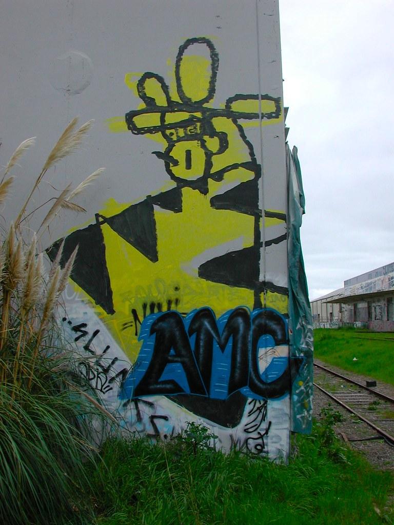 GIRAFA, The Yard, EastBay, Graffiti,