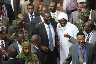 There are reports of renewed fighting in the Darfur region of Sudan. This is taking place despite the fact that a peace agreement was signed in late February 2010. by Pan-African News Wire File Photos