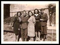 fotografia II guerra mondiale (MARCO_QUARANTOTTI) Tags: italy oldphoto trieste militari vecchiafotografia erafascista iiguerramondiale iiwar poliziamilitare frontebalcani realicarabinieri