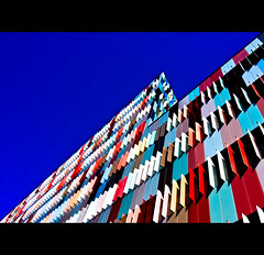Maciachini Center, Milano (buttha) Tags: italy milan building colors architecture italia milano edificio tokina1224 colori lombardia architettura photographia maciachini theauthorsplaza authorsclub