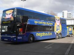 SV59CGO megabus with trailer departing for london victoria bus station (Western SMT) Tags: london glasgow victoria vanhool megabus sv59cgd