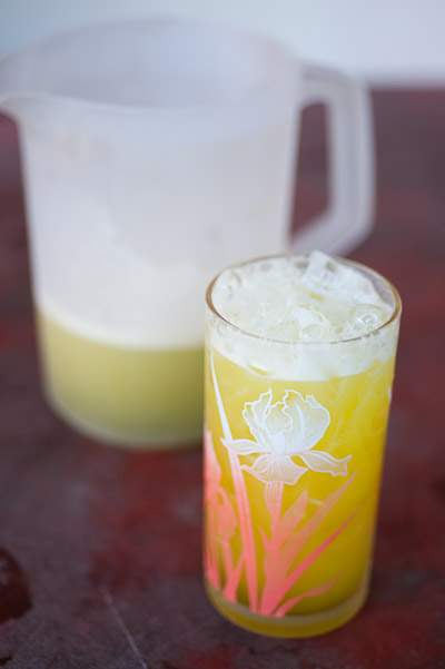Fresh sugarcane juice, Savannakhet, central Laos