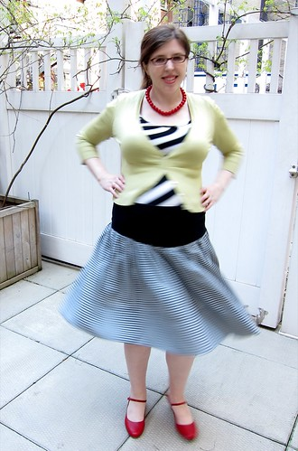 My No-Pattern Rib-Yoked Full Gingham Skirt!