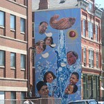 "Mural in Hispanic District Chicago<a href=""http://farm5.static.flickr.com/4072/4544282620_6a6026e971_o.jpg"" title=""High res"">∝</a>"
