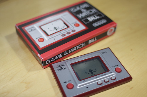 "GAME & WATCH ""BALL"""