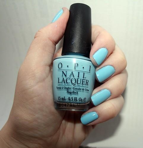 blue nail polsih 025