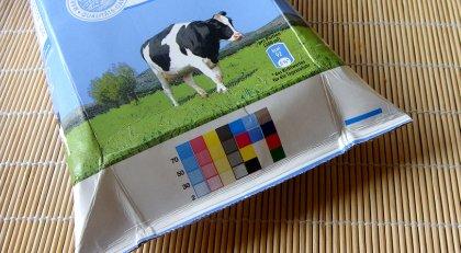 Farbkontrollstreifen auf Verpackung