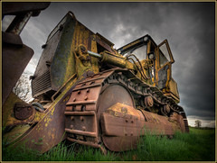 Dead Dozer 3 (Andy Kent 100) Tags: old abandoned cat canon amazing cool interesting flickr farm machine rusty sigma photographic machinery 600 l dozer worcestershire portfolio society today crusty hdr digger worcester hanomag bulldoze bromsgrove 600d 450d l600 phtographic akphotographic wwwakphotographic l600d