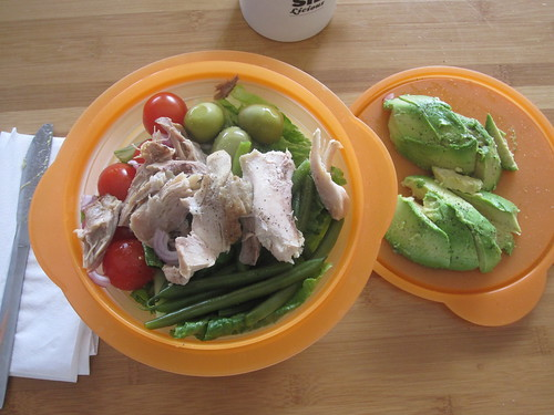 Chicken salad, avodaco