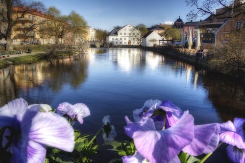 Uppsala. Flores en el puente.