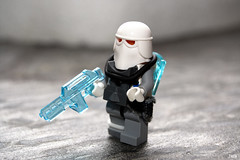 Clone Snow Paratrooper (-Juzu-) Tags: lego figure legospace brickarms legofigure