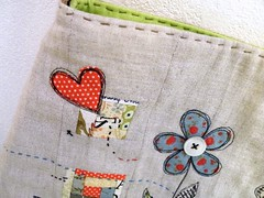 detail 1 (monaw2008) Tags: house flower bag handmade fabric patchwork applique handbag handstitching monaw monaw2008