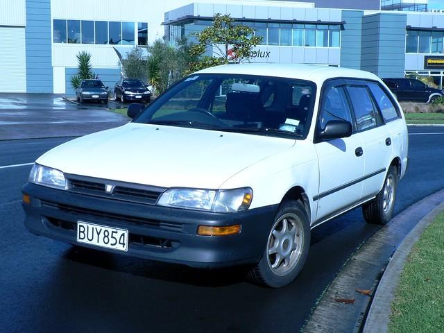Toyota sprinter marino g type automatic 1998