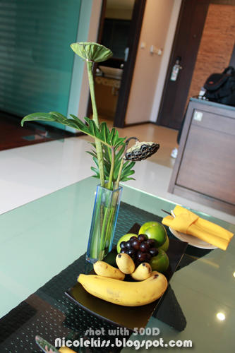 fruit platter and lily