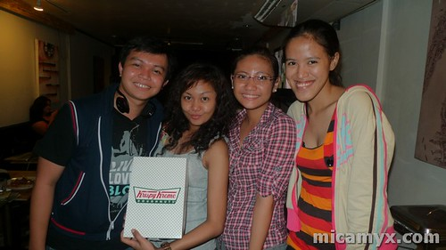 Winston, Ada, Cai and Mica loves Krispy Kreme!