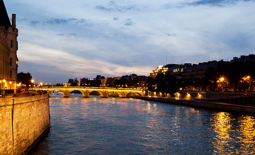 Paint effect at the Seine during sunset
