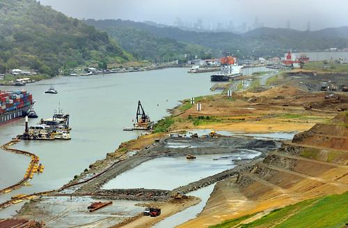 パナマ運河の拡張工事、労働者の不満が募り危機的状態に!?
