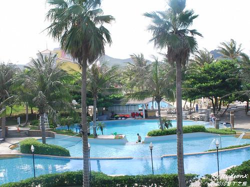 餐廳也可以看到游泳池