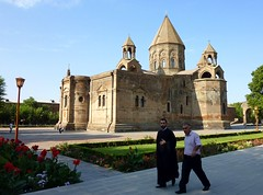 In Echmiadzin, near the cathedral (Frans.Sellies) Tags: world heritage site cathedral unescoworldheritagesite unesco worldheritagesite list armenia mundial orthodox unescoworldheritage sites worldheritage weltkulturerbe whs armenian patrimoine patrimonio holysee armenianapostolic worldheritagelist welterbe armenien kulturerbe armenie patrimoniodelahumanidad echmiadzin unescowhs patrimoinemondial   hayastan werelderfgoed vrldsarv  echmiatsin werelderfgoedlijst verdensarven  wolrdheritagelist  ph048  ejmiatsin      touraroundtheworld etchmiatsin   vagharshapat    p1250654