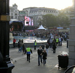 people big screen NFL Event trafalgar square London 30th October 2010 15:47.17pm (dennoir) Tags: people london square big october nfl trafalgar screen event 30th 2010 154717pm