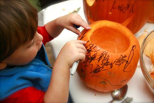 Kes coloring pumpkin