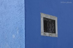 minimalburana (Felice Cirulli) Tags: blue colour window colore finestra azzurro felice burano felixe