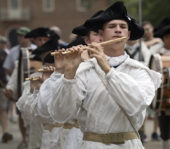 Colonial Williamsburg Virginia  Duke of Gloucester St. fife and drum corps (watts_photos) Tags: colonial williamsburg virginia duke gloucester st fife drum corps militia yorktown field music state garrison regiment history tattoo revolutionary war musicians fifes