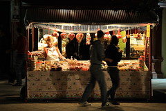 Candy Land (halukderinöz) Tags: şeker candy ülke land gece night sokak street novisad sırbistan serbia canoneos40d eos40d hd