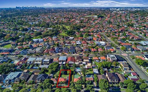 18 Ryrie Rd, Earlwood NSW 2206